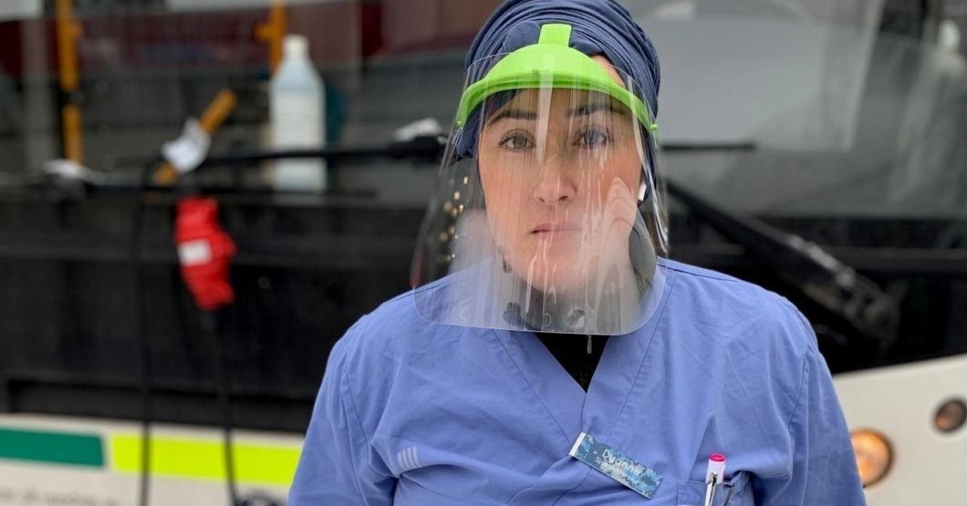 Hon styr testbussen i Tensta
