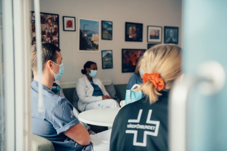 Vårdpersonal i möte