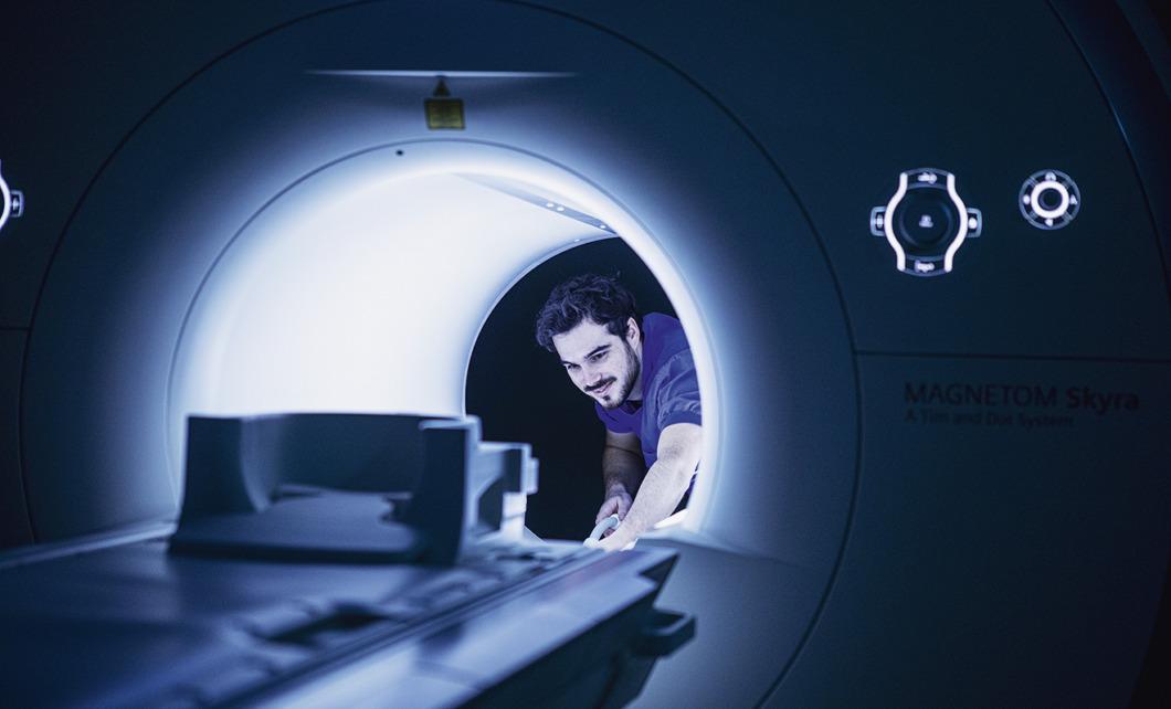 Marcelo fixade sin egen utbildning till röntgenspecialist