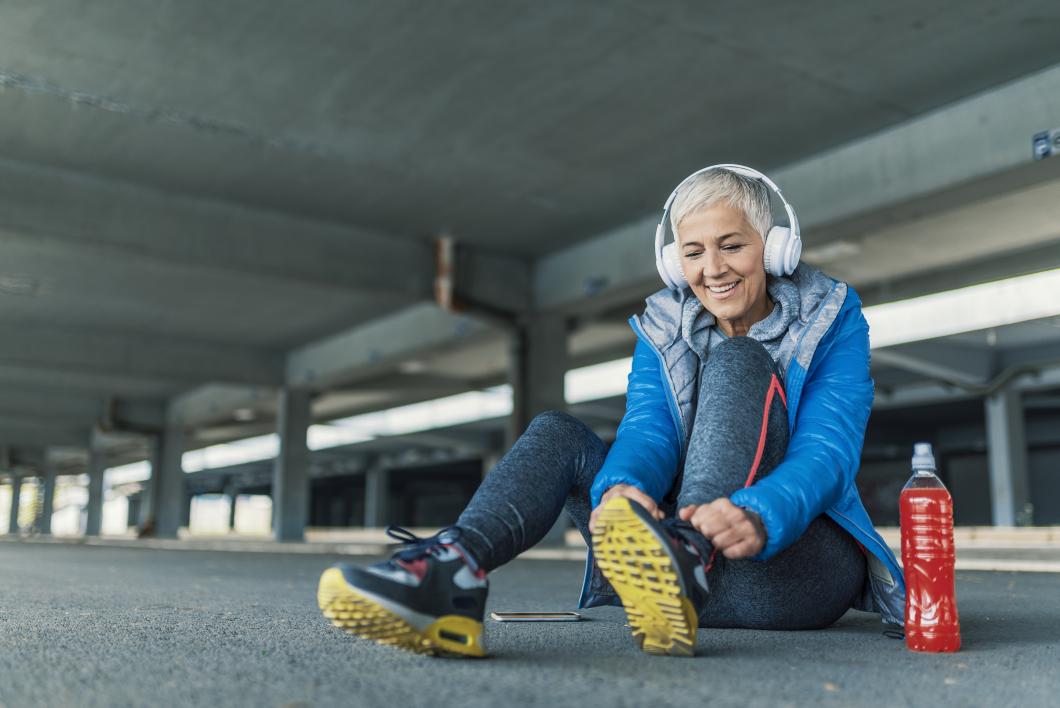 Kvinnor med bra kondition i medelåldern blirsällan dementa
