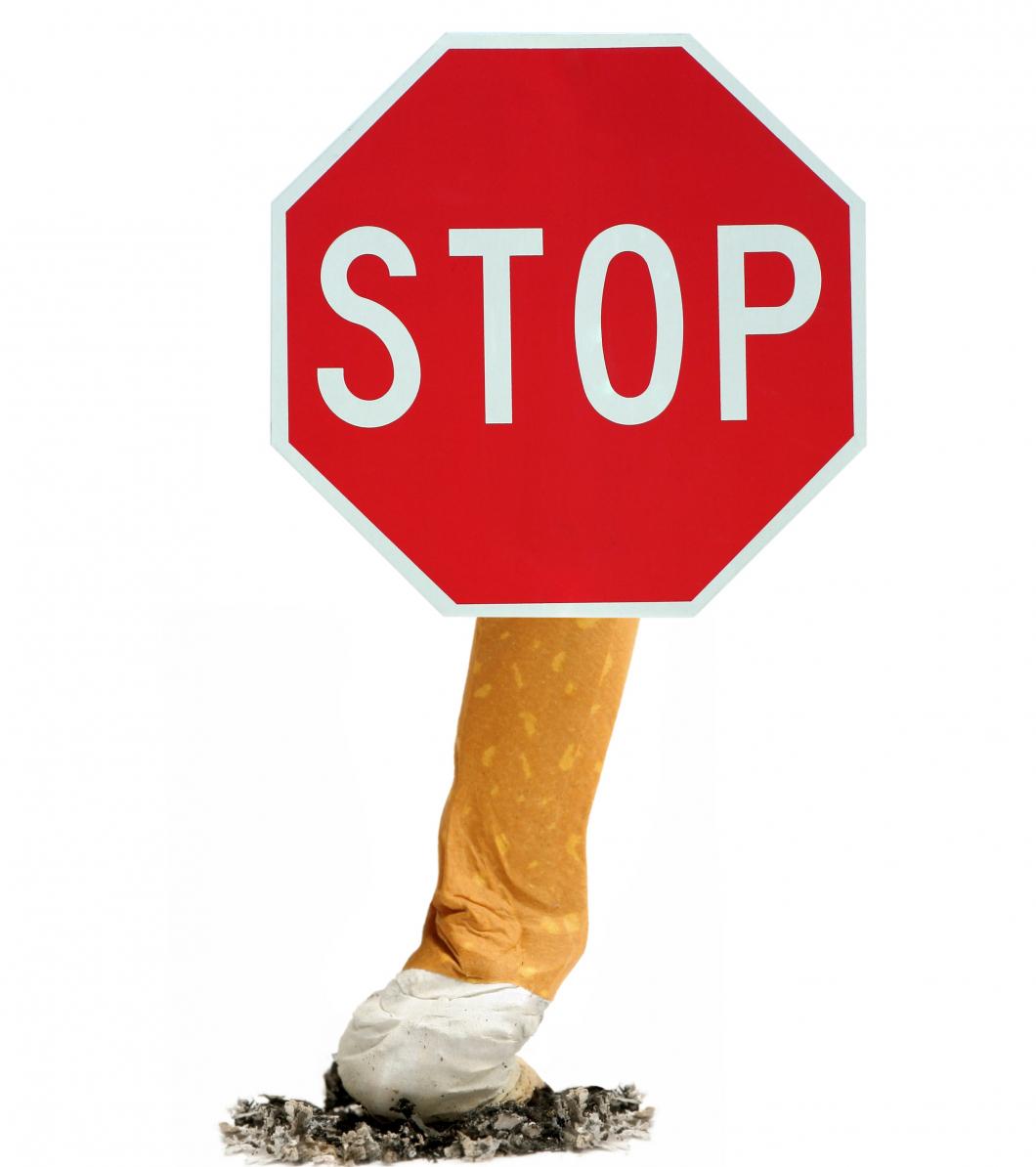 Rökförbud på allmänna platser bra för barnens hälsa