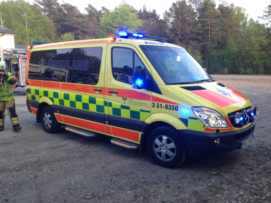 Ambulansstation flyttar in i problemområde