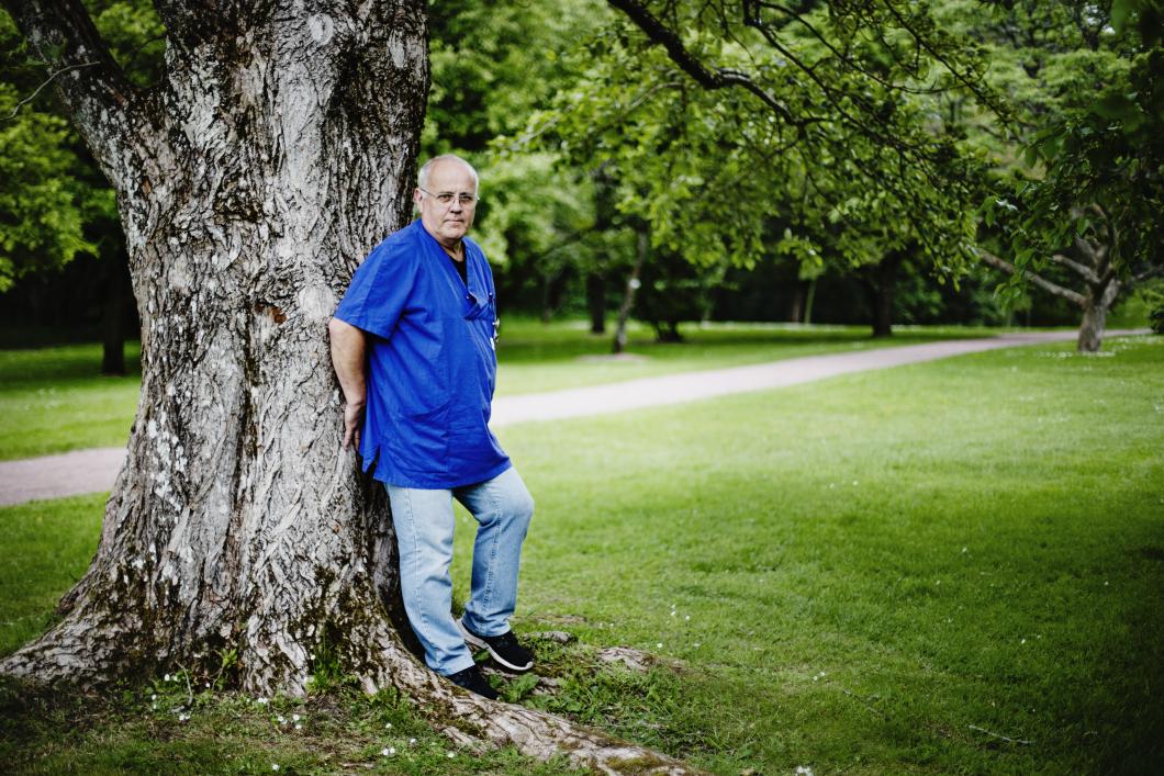 Floristen Gunnar blev sjuksköterska vid 53
