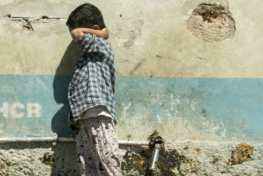 Barn i överfulla flyktingläger är extremt utsatta