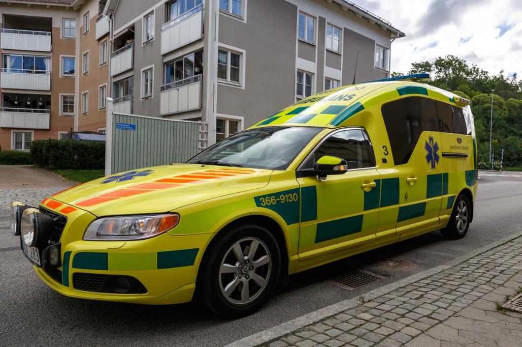 Brist på sjuksköterskor tvingar larmcentral till tillfälliga stängningar