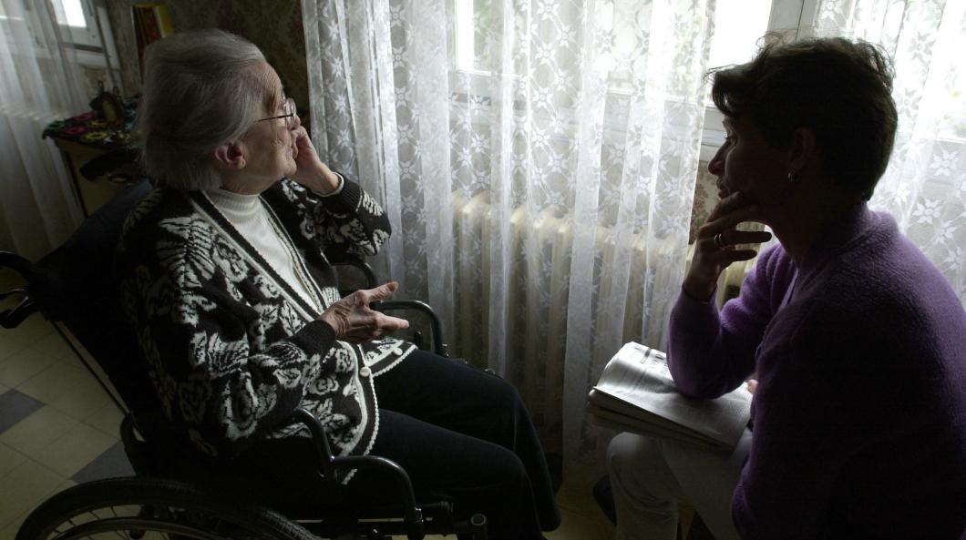 Distriktssköterskorna i Stockholm hinner inte ha hälsosamtal