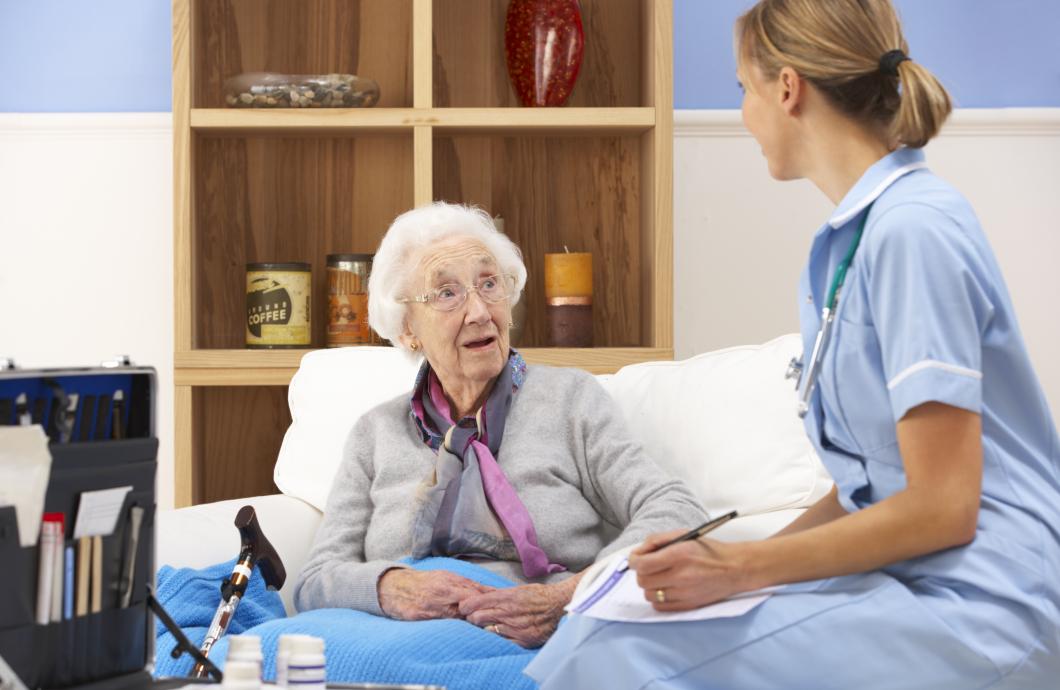 Var tionde sjukskötersketjänst i England vakant