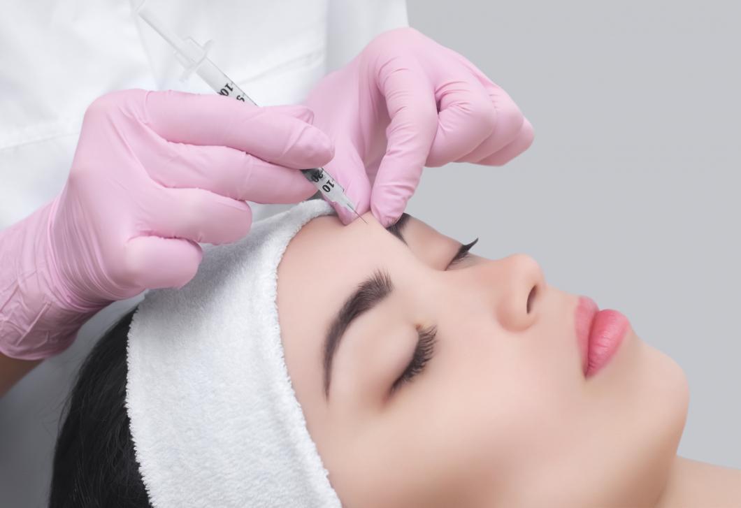 Skönhetsingrepp ska bara få utföras av hälso- och sjukvårdspersonal