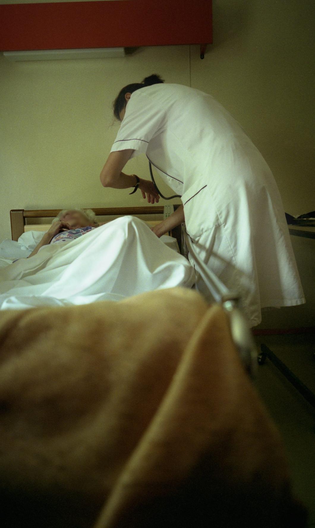 Sjuksköterskebrist ledde till trycksår och undernäring