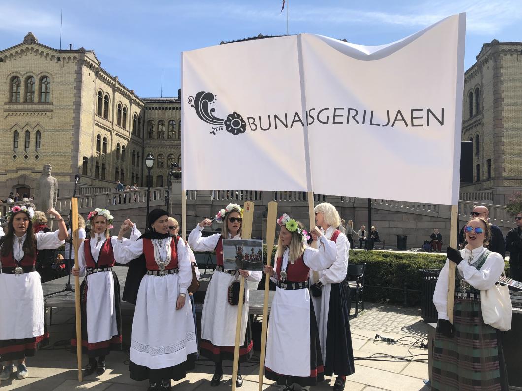 Norska protester mot centraliserad förlossningsvård