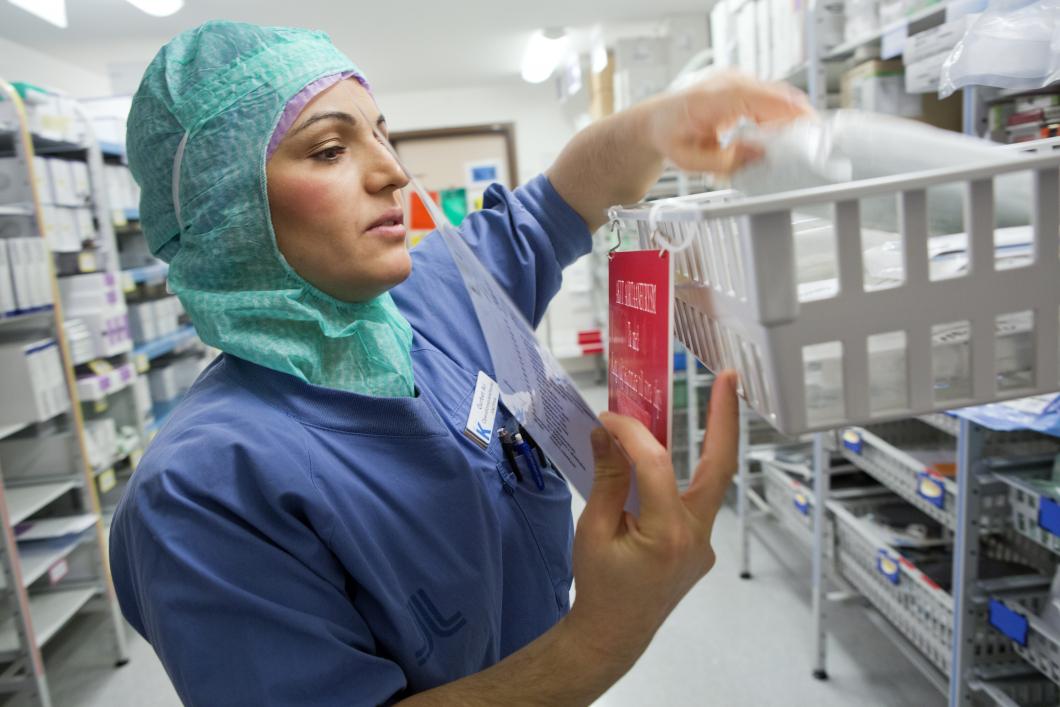 Inhyrda jobbar på mer än varannan operationssal