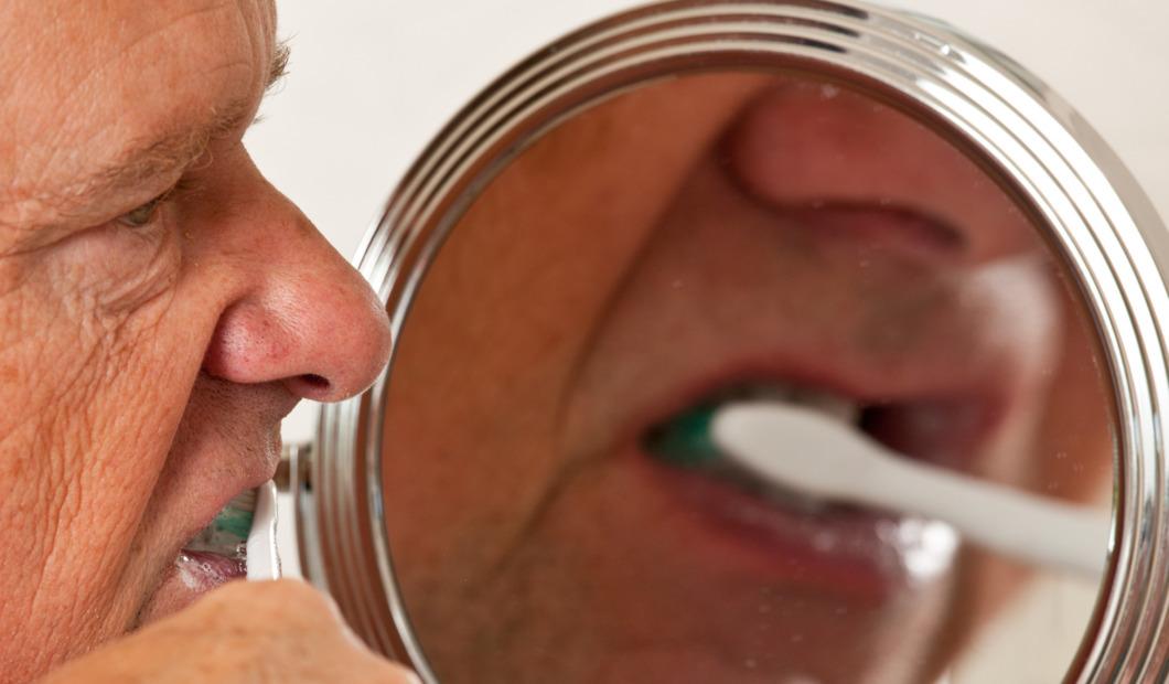 Så kan munhälsan stärkas hos personer med demens
