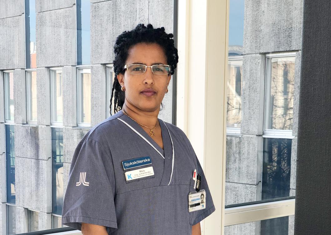 Sjuksköterska riskerar utvisning efter tio år i Sverige