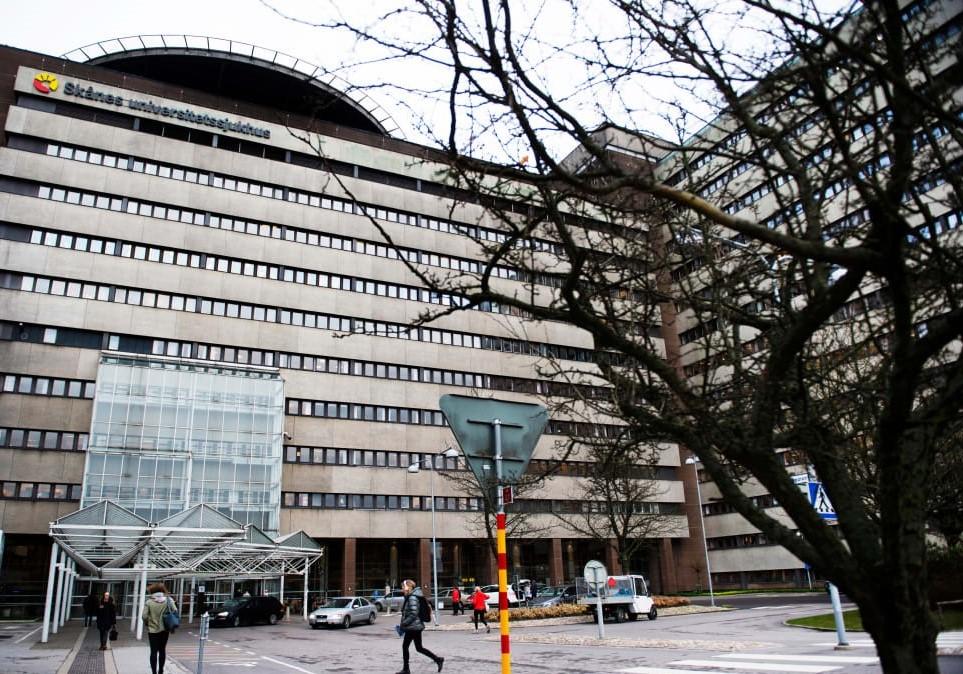 Många drabbade av köer i cancervården i Skåne