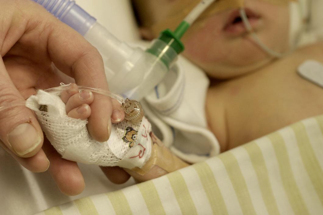 Barnläkare: Stockholms barnsjukvård havererar