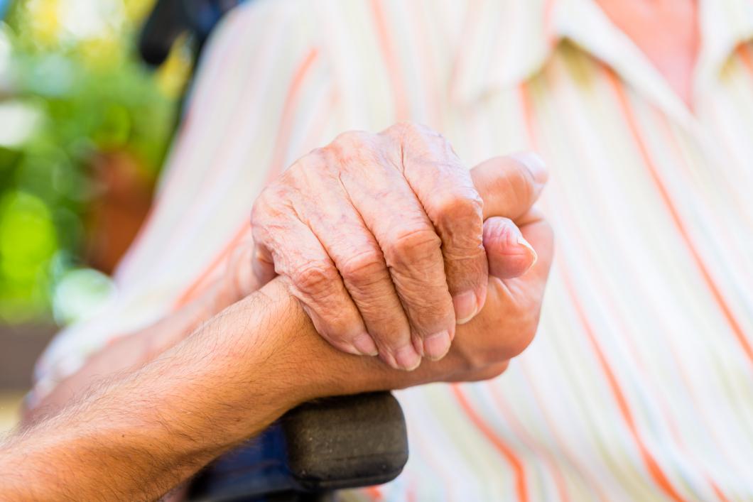 Individen i fokus i nya riktlinjer för personer med demens