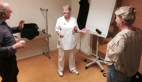 Sjuksköterskornas upplevelser blir teater
