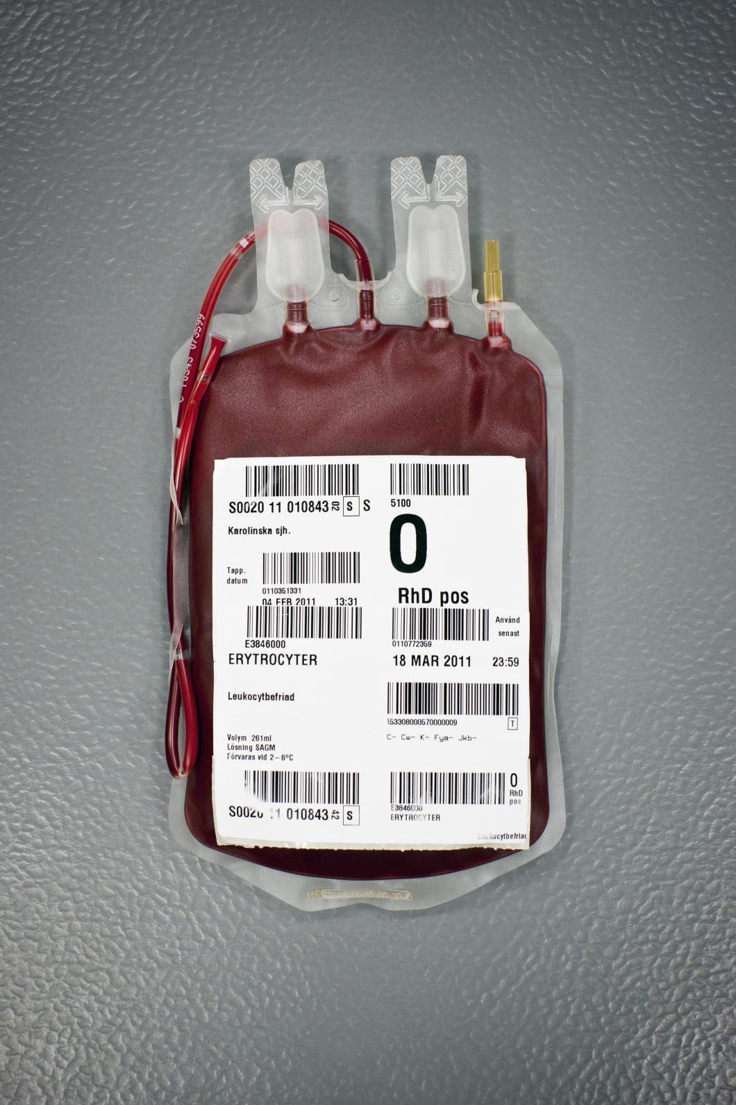 Blodcentralerna vägrar män som haft sex med män lämna blod