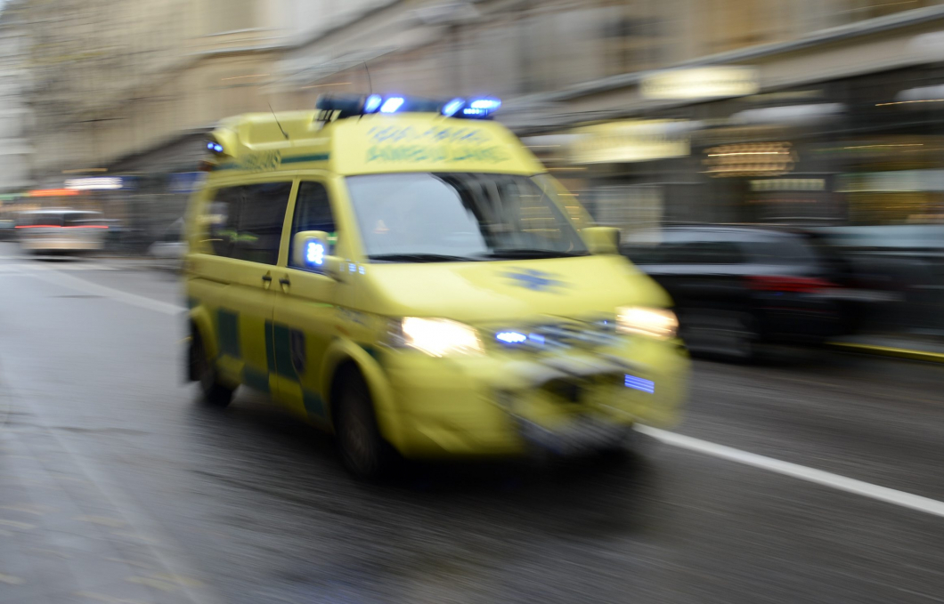 Vårdpersonal flyttas från ambulanser