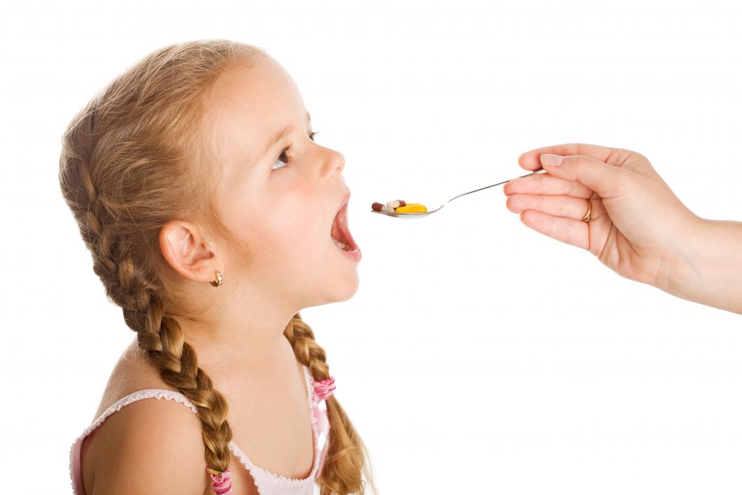 Nu ska det bli säkrare att ge barn läkemedel