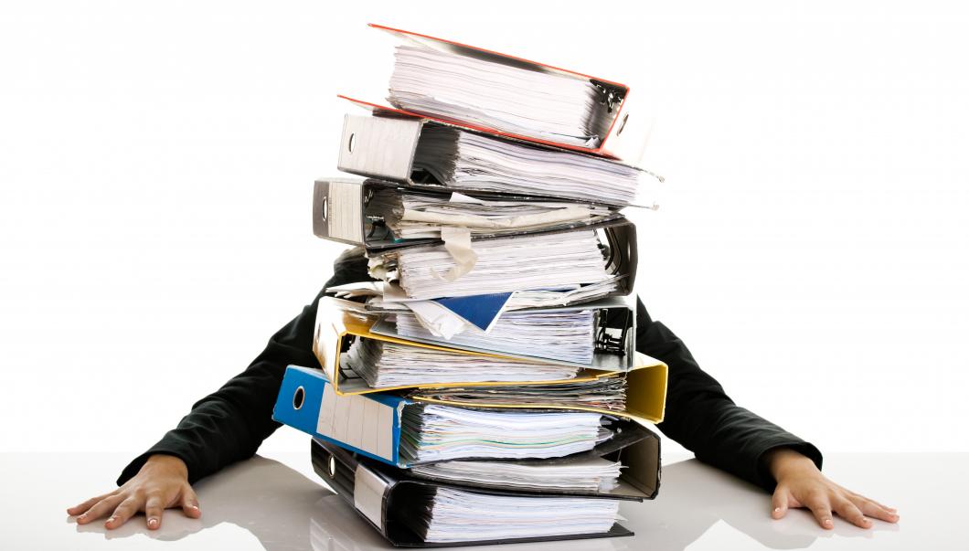 De efterlyser din berättelse om all administration som stjäl tid på jobbet