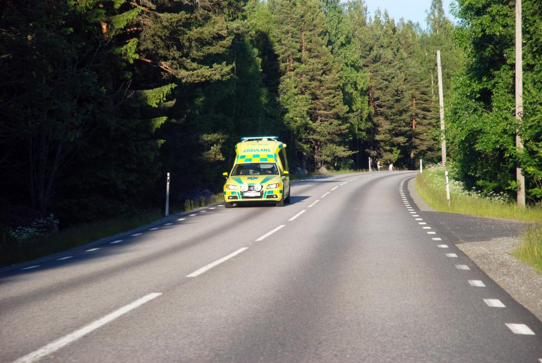 Svårt sjuk fick transportbil i stället för ambulans