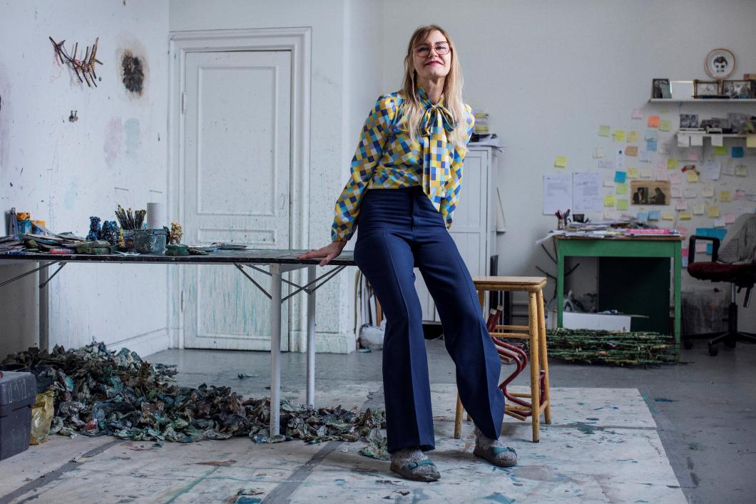 Konstnären Helene Billgren om sin besatthet av sjuksköterskor