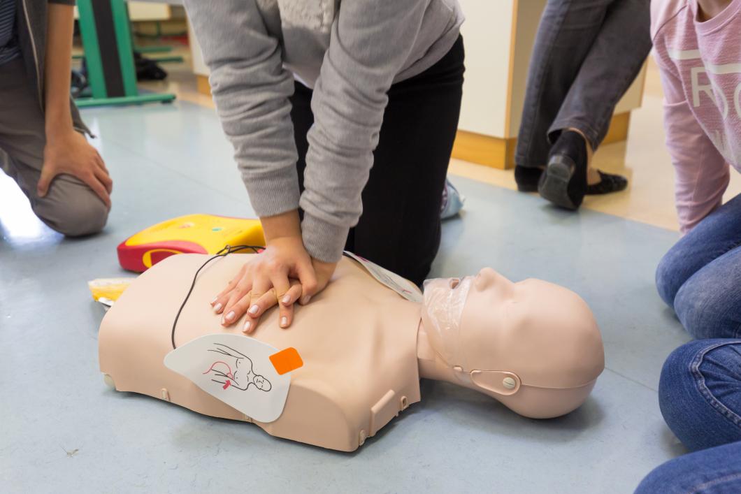 Sjuksköterskeforskning vässar skolelever i HLR