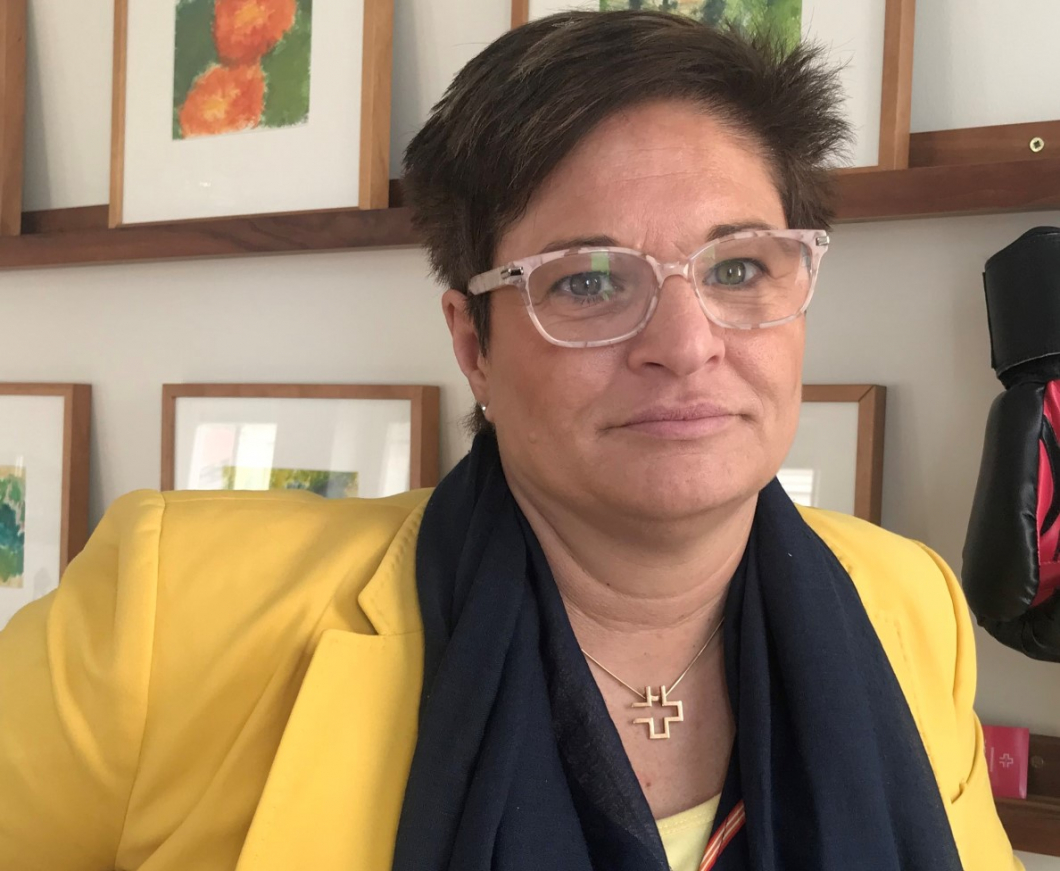 Regeringen vill ge undersköterskor snabbspår till sjuksköterskeyrket