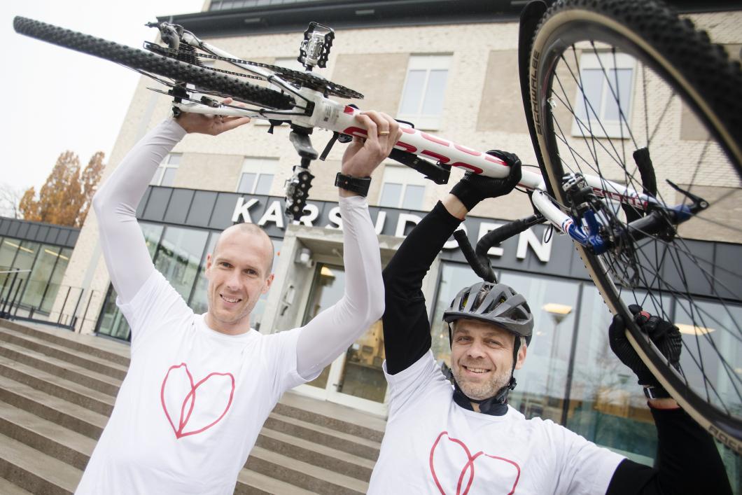 De cyklar och springer för att locka sjuksköterskor