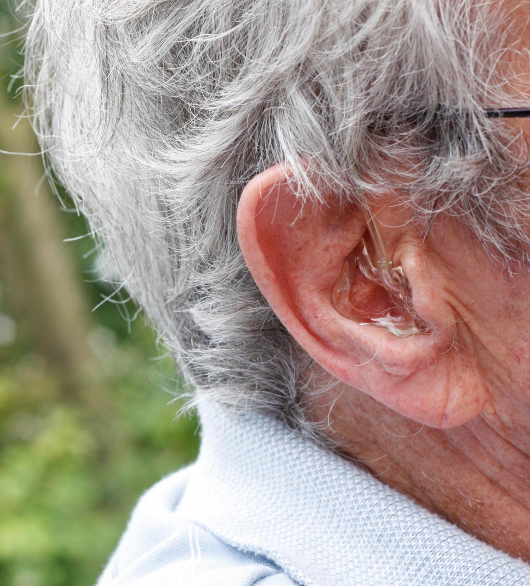 Sämre hörsel påverkar personligheten hos äldre
