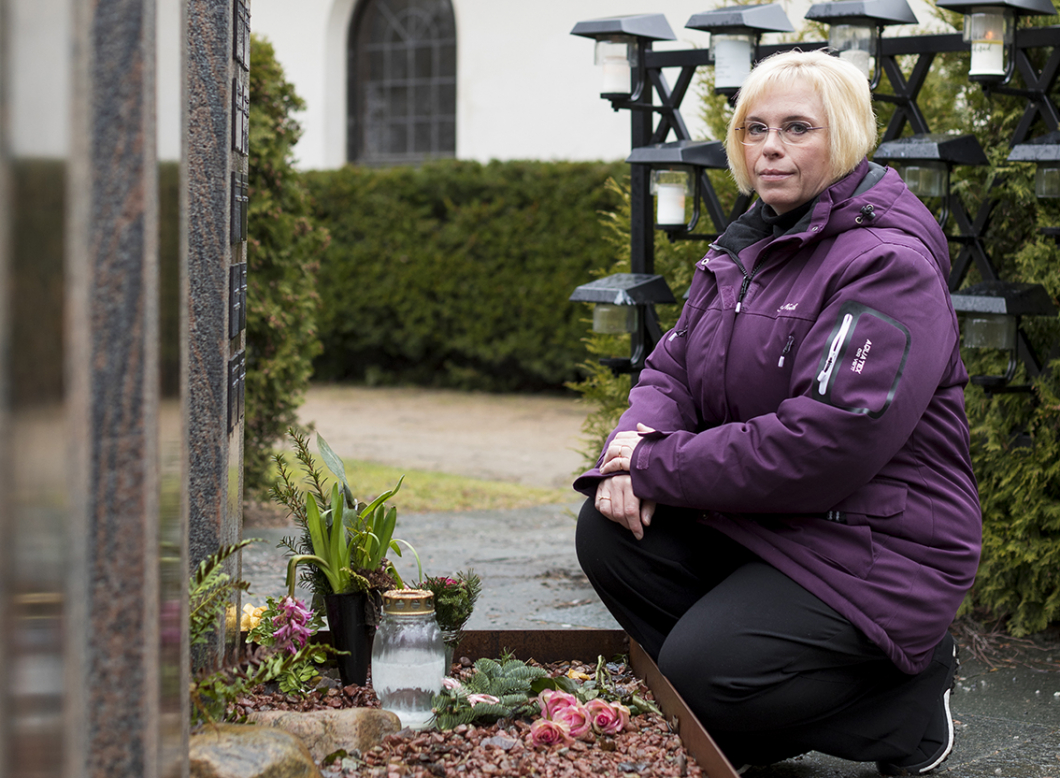 Sjuksköterskan förlorade sin mamma när rutinerna brast