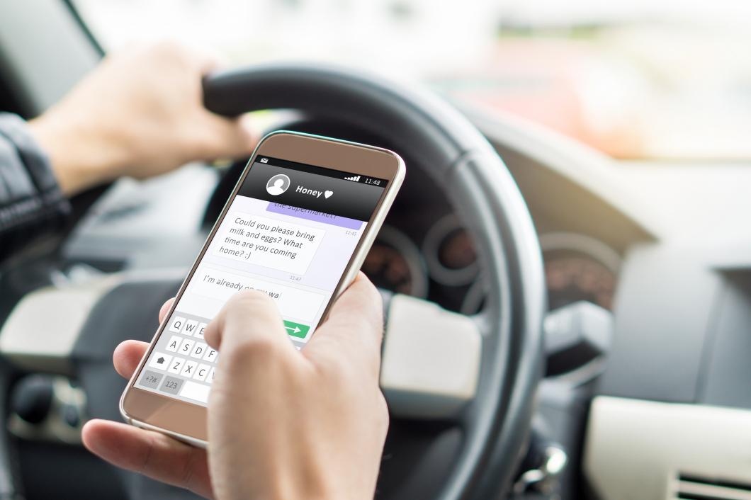 Blåljuspersonal undantas från mobilförbud
