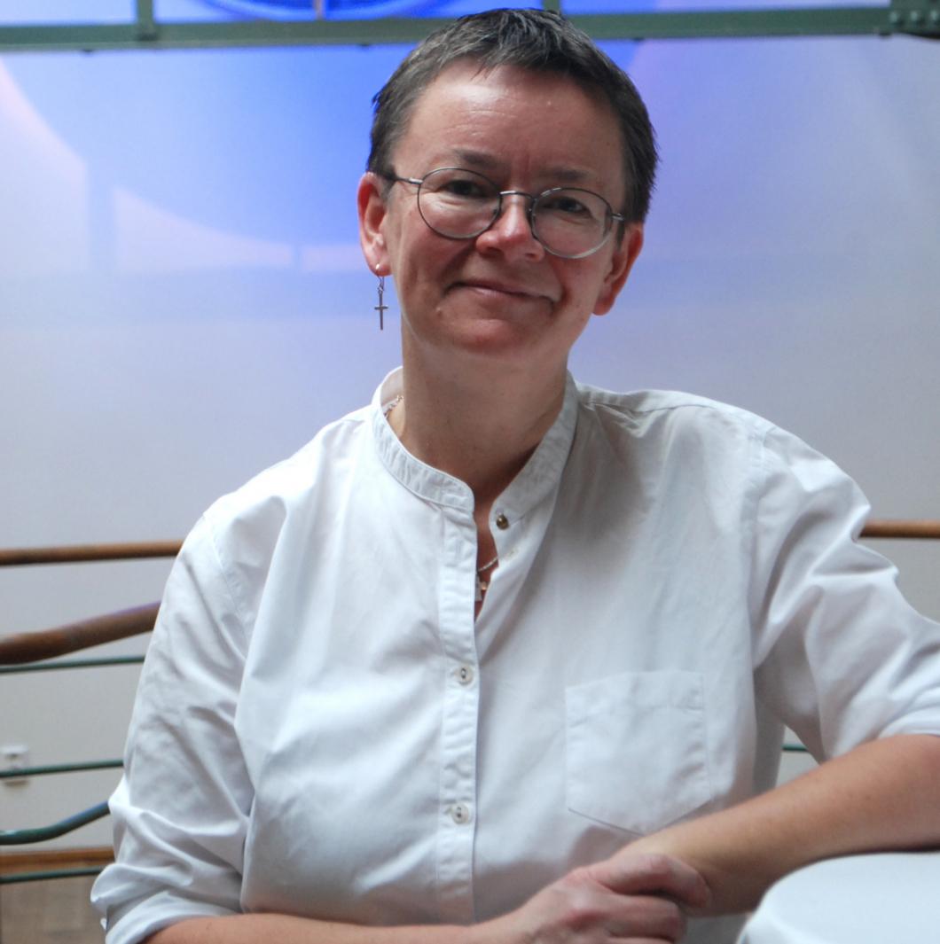 Sjuksköterska ska ta fram plan för bättre äldreomsorg i Sverige
