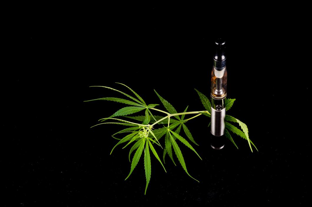 Marijuana för första gången godkänt som licensläkemedel