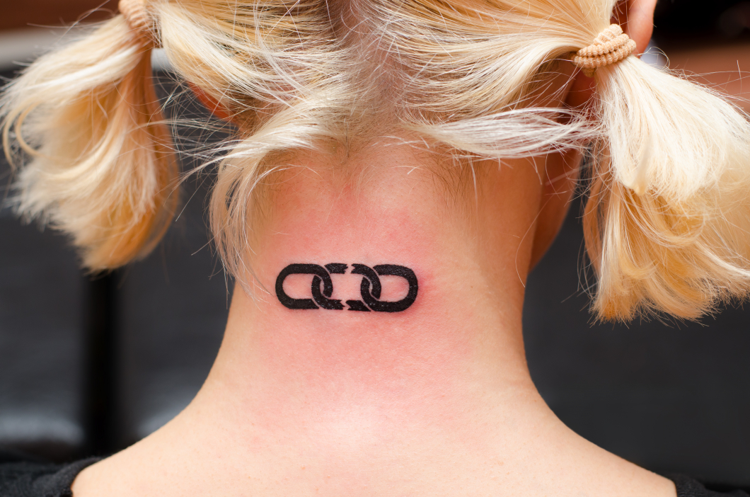 Kan tatueringar vara ett problem vid MR?