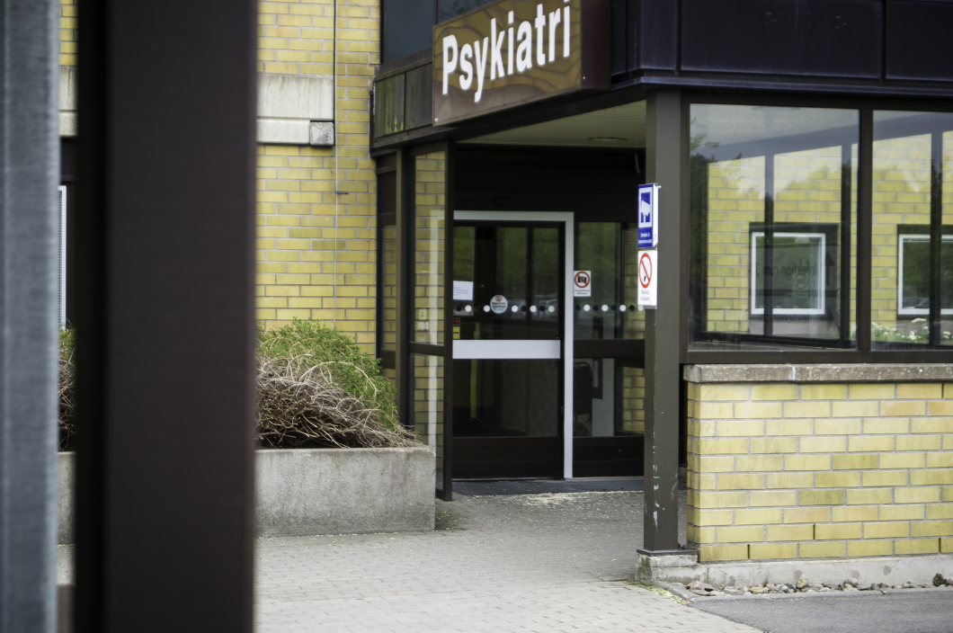 Bältesläggning i psykiatrin går ofta att förebygga