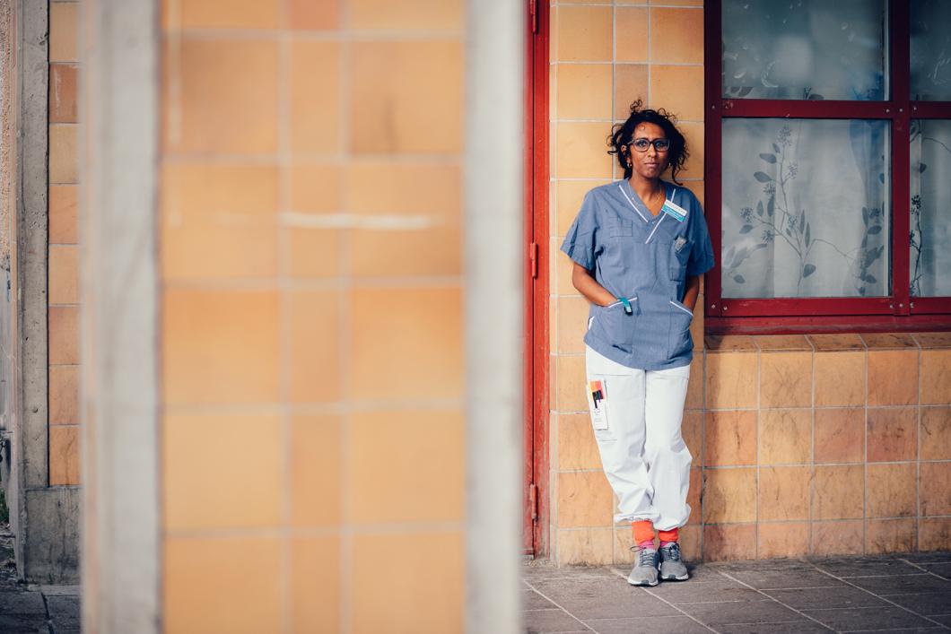 """Sjuksköterskan Lisa i Rinkeby: """"Språket är inte hela storyn"""""""
