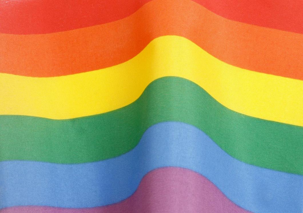 Homosexuella osynliggörs inom äldreomsorgen