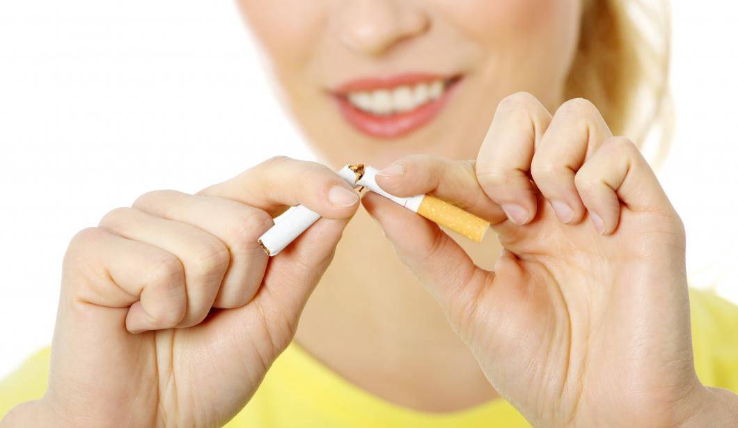Allt färre röker när barnen är små