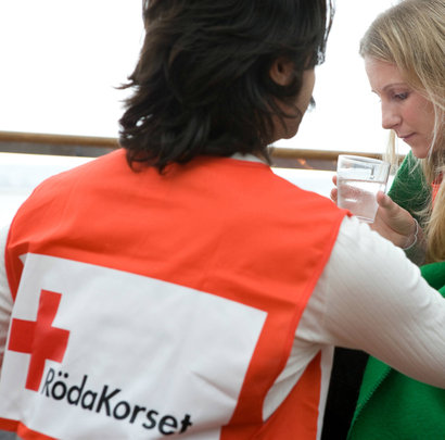 Röda korset ska forska om tortyrskadade i Sverige