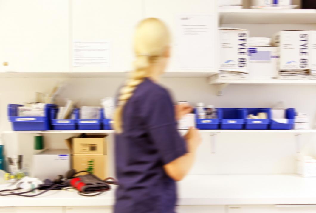 Allt fler kvinnor blir sjuka av jobbet