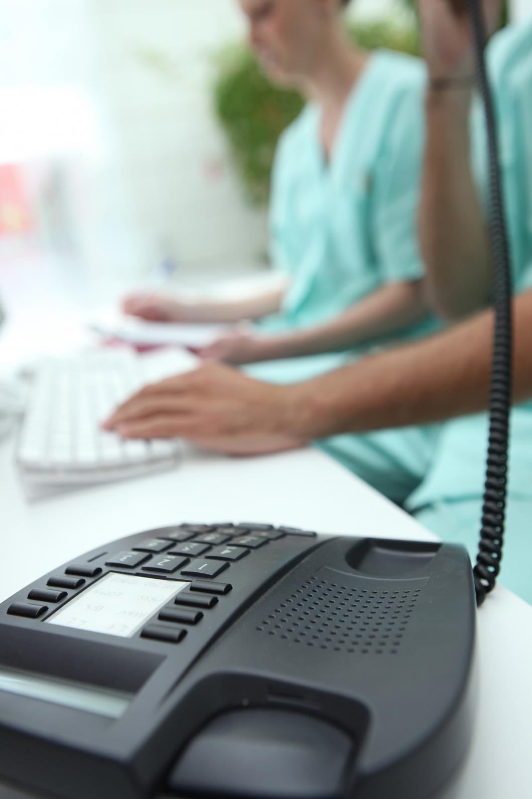 Hälften av sjuksköterskornas arbetstid går till administration