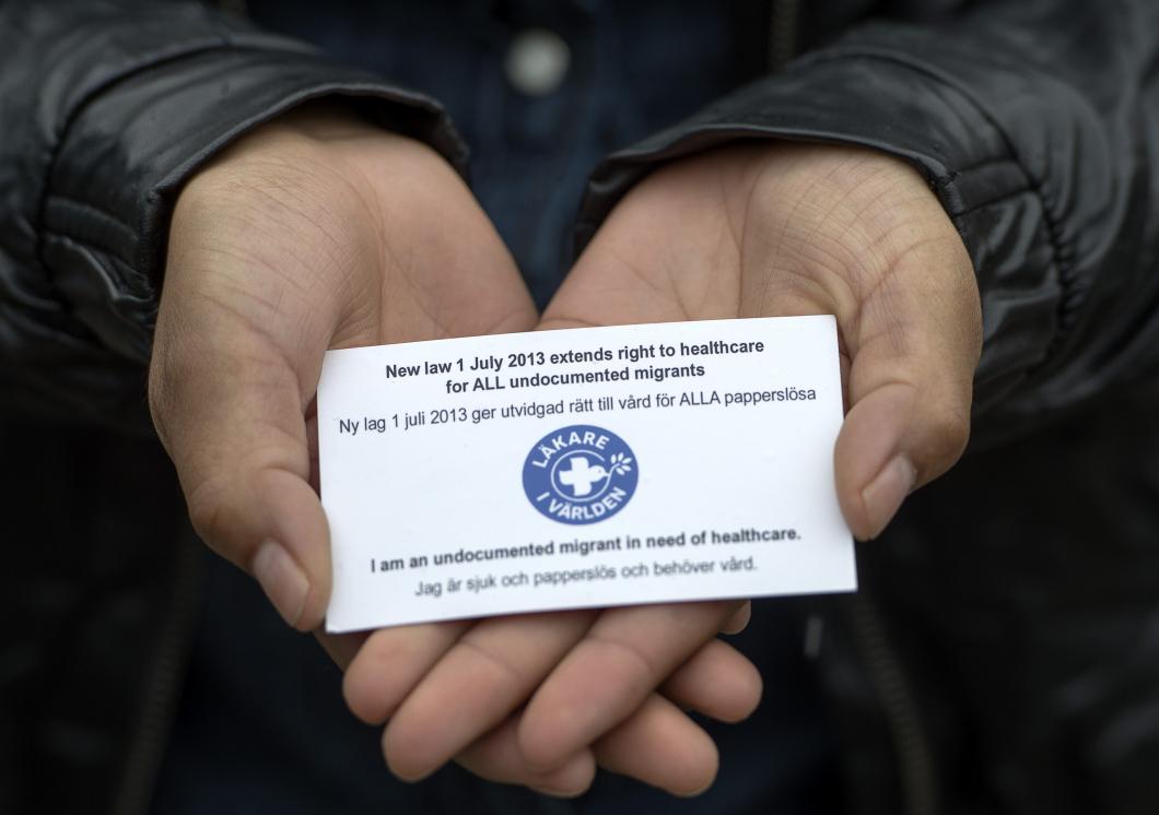 Vård till papperslösa hindras av okunskap